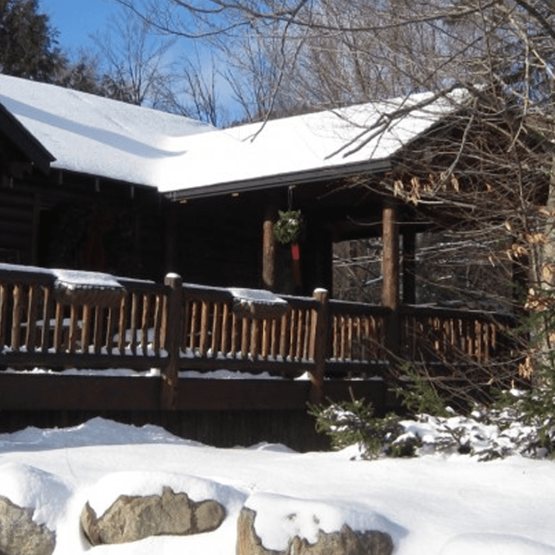 Whiteface club resort elegance in the heart of the for Keene valley cabin rentals